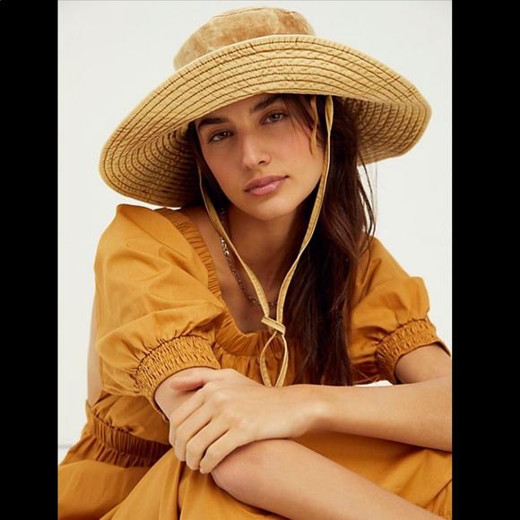 NWT Free People Lake Washed Bucket Hat Amber
